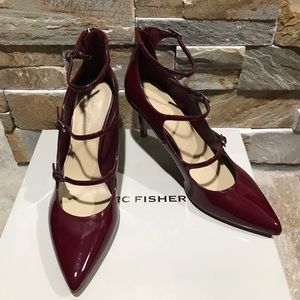 NIB Marc Fisher dark red patent leather shoes